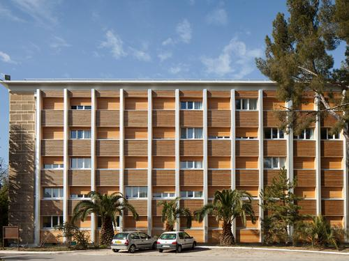 Logement individuel  CITE CLAUDE DELORME (10 chemin du Bassin - Le Merlan - 13337 Marseille cedex 14 (email : cu.delorme@crous-aix-marseille.fr))