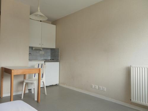 Logement individuel 	 RESIDENCE LE THELEME (16 RUE DES FRERES CAMORS 64000 PAU)