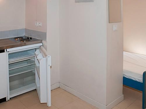 Logement individuel RESIDENCE LAUGIER (100 rue Carretterie - 84000 AVIGNON (email : cu.laugier@crous-aix-marseille.fr))