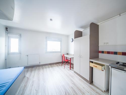 Logement individuel  Cergy-Les Linandes Mauves (1, place des Linandes Mauves 95000 CERGY)