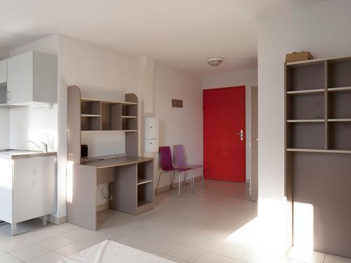 Logement à partager  RESIDENCE OPALE (24, rue du 141ème RIA - 13003 Marseille (email : cu.opale@crous-aix-marseille.fr))